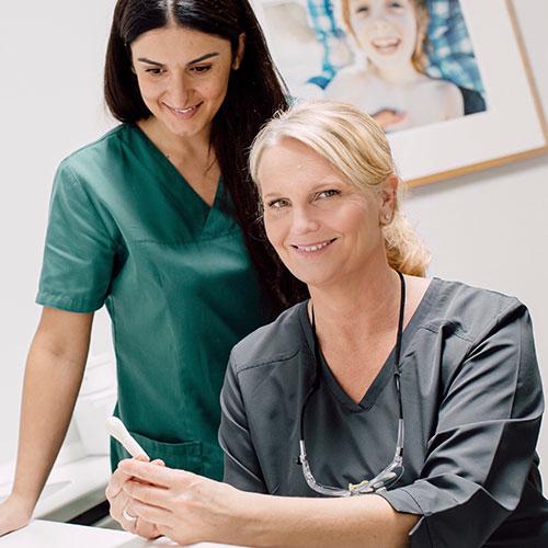 Zahnarzt Köln-Bayenthal - Dr. Andrea Fedder - Praxis - Dr. Fedder und Ruska Schmidt